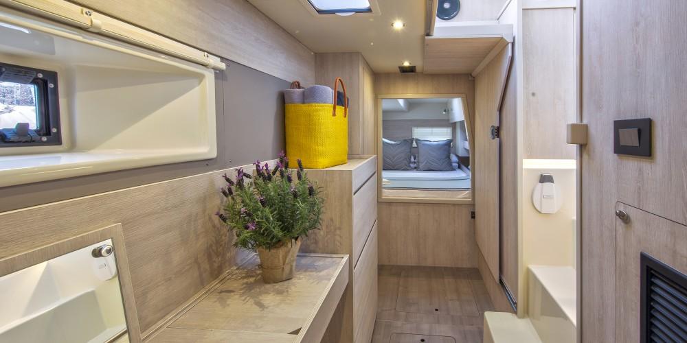 Location bateau Leopard Moorings 433 PC à Road Town sur Samboat