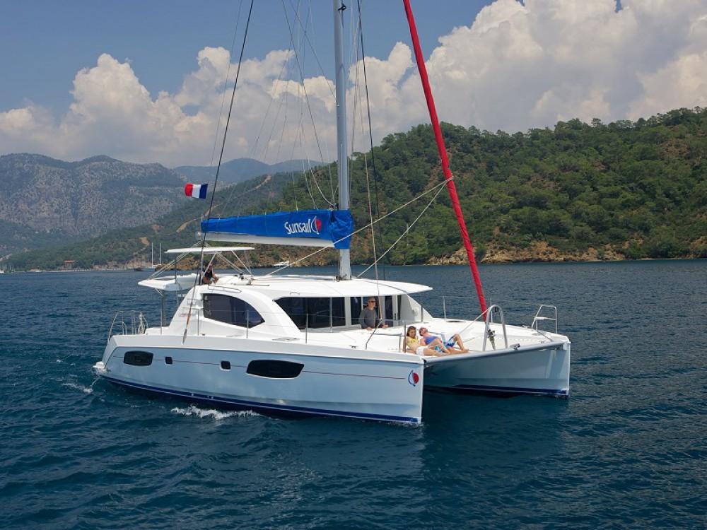 Location Catamaran à Road Town - Leopard Sunsail 444