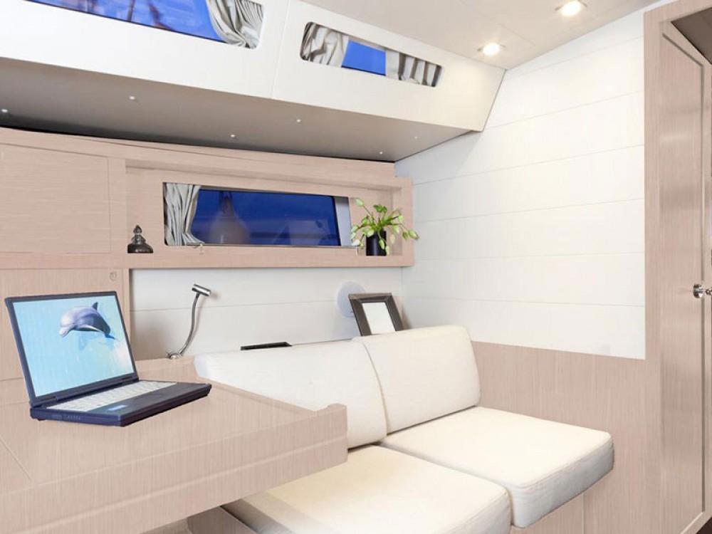 Location yacht à Cannigione - Bénéteau Moorings 48.4 sur SamBoat