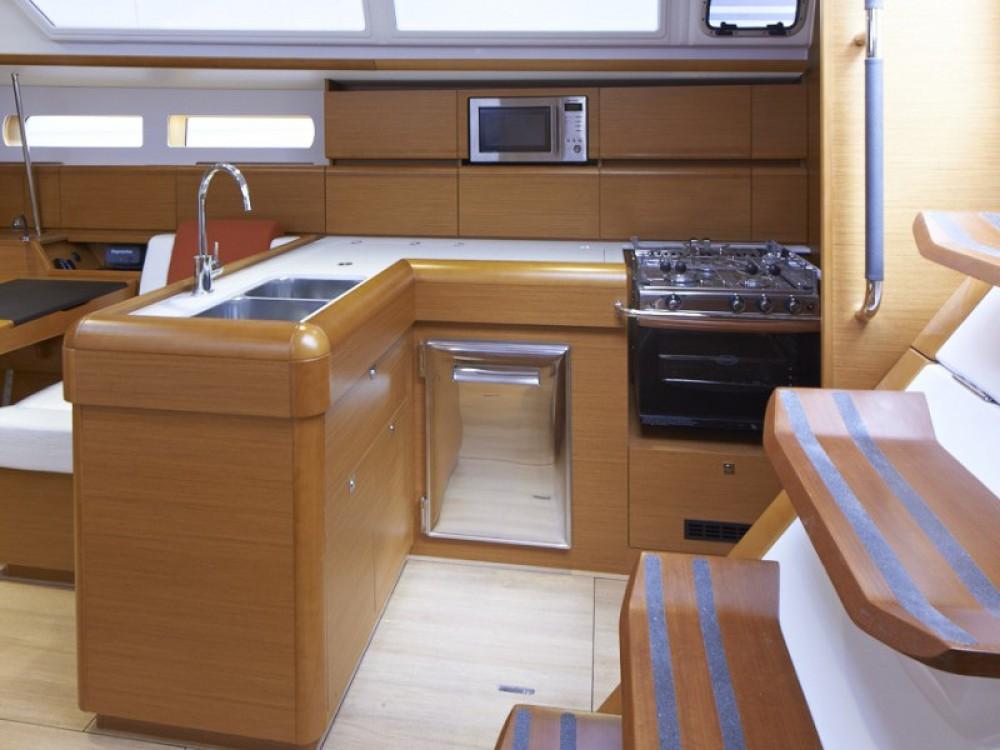 Location bateau Jeanneau Sunsail 47 à Marina Gouvia sur Samboat