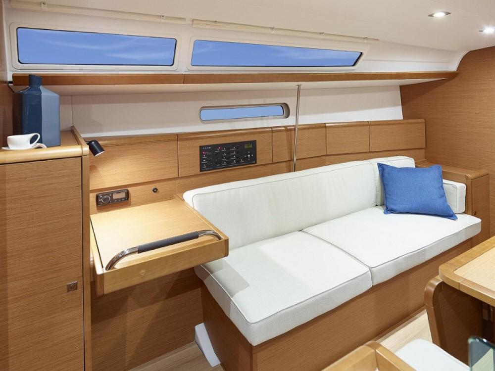 Louez un Jeanneau Sunsail 38 à ACI Marina Dubrovnik