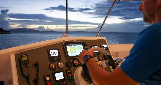 Location Catamaran à  - Leopard Moorings 514 PC
