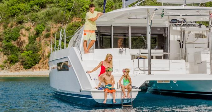 Location bateau Leopard Moorings 4000/3 à Saint-Georges sur Samboat