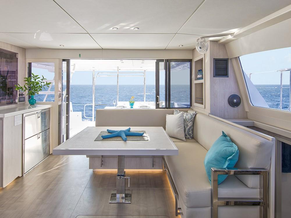 Location Catamaran à Marina - Leopard Moorings 434 PC