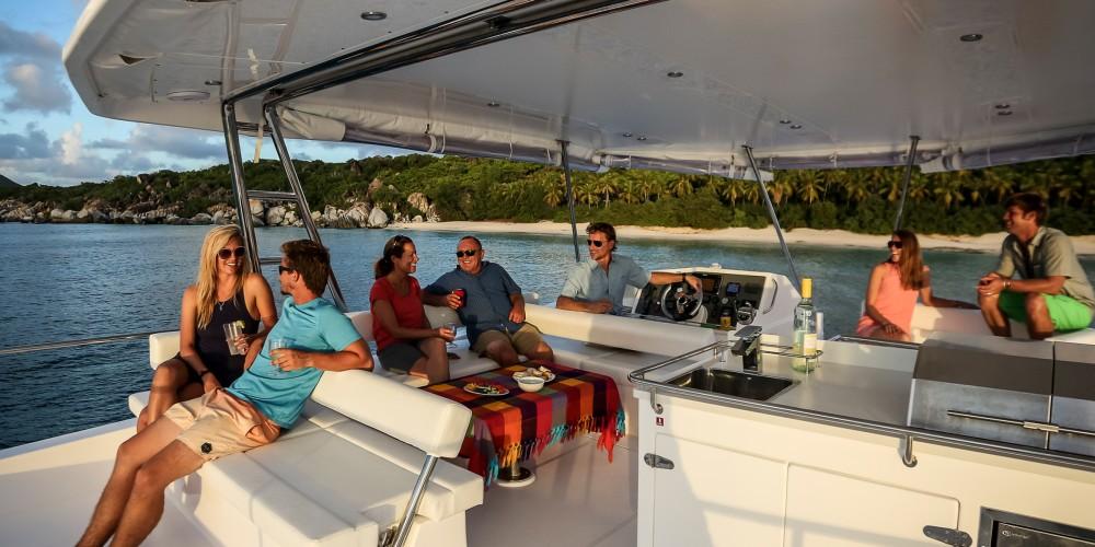 Louer Catamaran avec ou sans skipper Leopard à Nassau