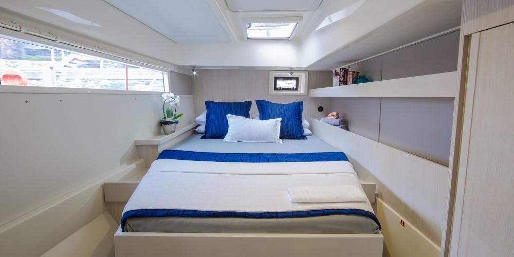 Location Catamaran à Bay of Zea - Leopard Moorings 4800