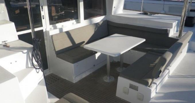 Location Catamaran à Athènes - Lagoon Lagoon 400 S2
