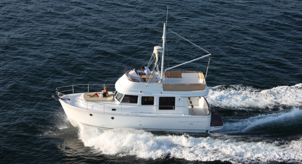 Location bateau  pas cher Swift Trawler 34 Fly