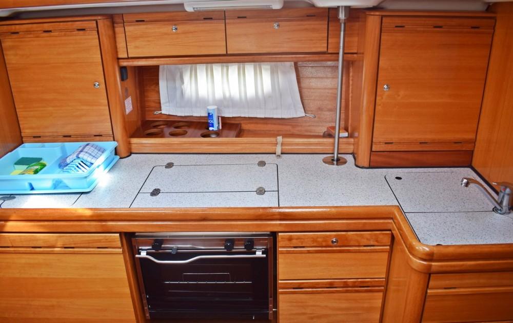 Louez un Bavaria Cruiser 39 à Croatie