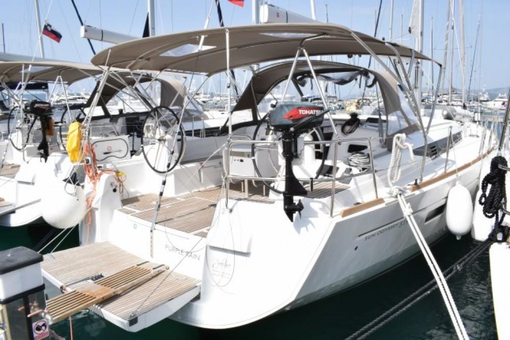 Location bateau Croatie pas cher Sun Odyssey 519 - 5 + 1 cab.