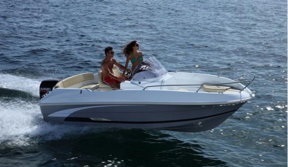 Location bateau Bénéteau Beneteau 550 Flyer SD à Zadar sur Samboat