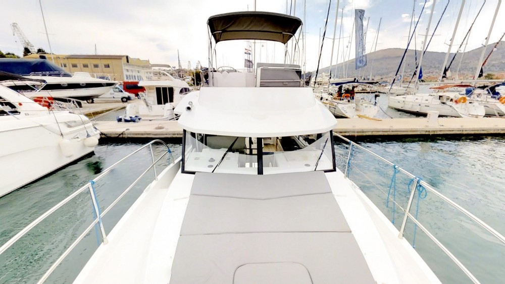Location bateau Bénéteau Swift Trawler 30 à Trogir sur Samboat