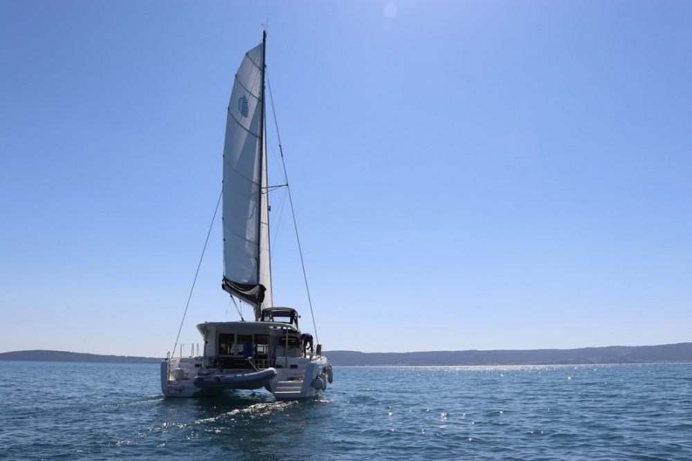 Louez un Lagoon Lagoon 40 - 4 + 2 cab  à Croatie