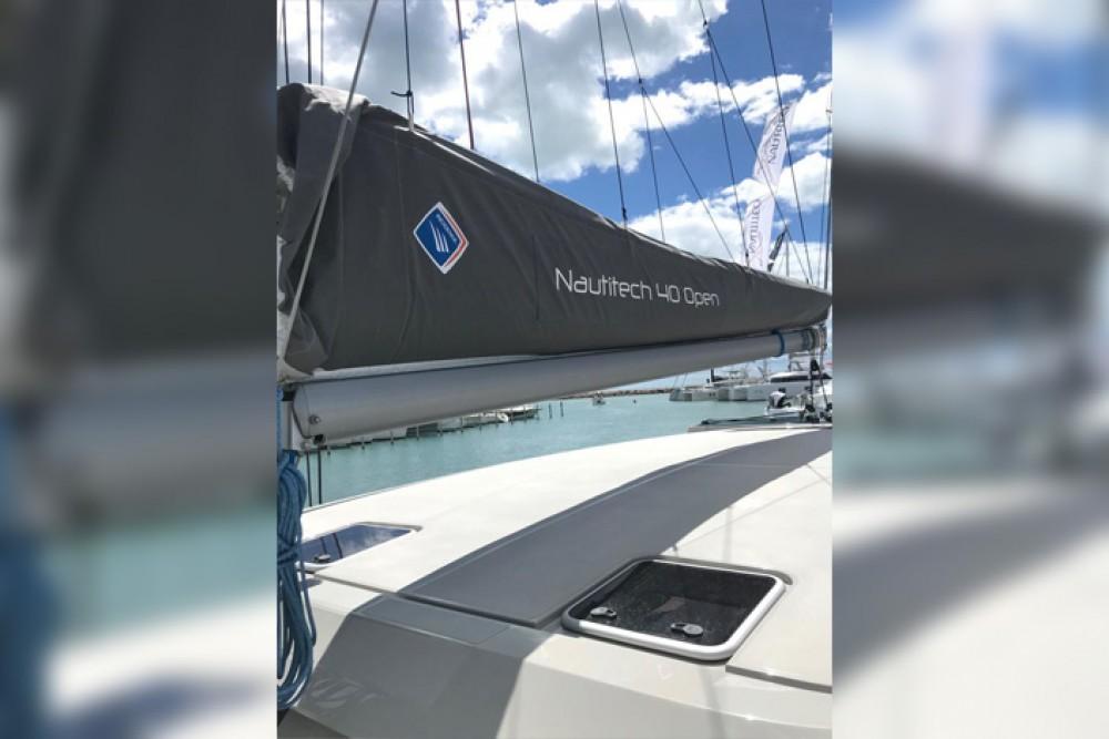 Location yacht à Cagliari - Nautitech Rochefort Nautitech 40 Open - 4 + 1 cab. sur SamBoat