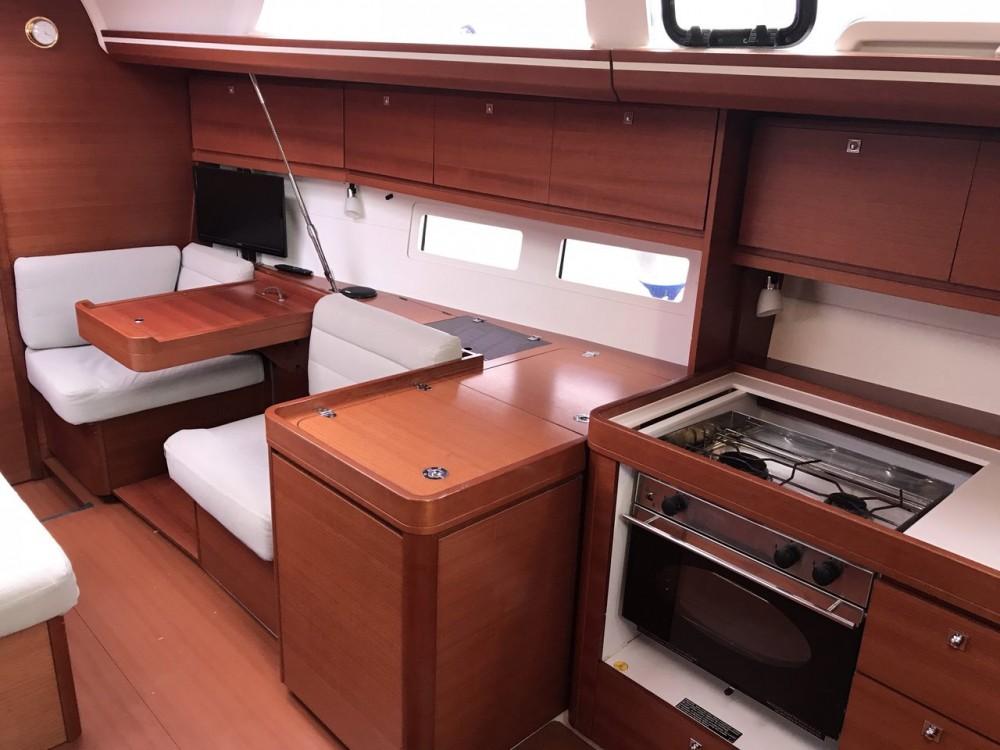 Location bateau Croatie pas cher Dufour 410 GL