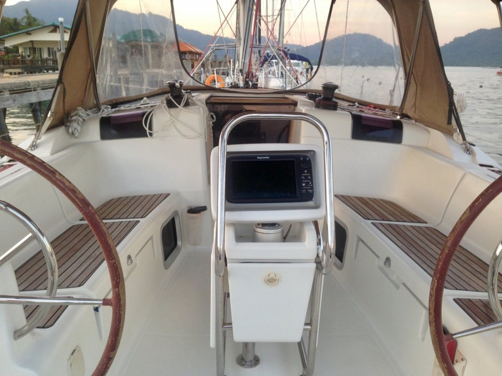 Louer Voilier avec ou sans skipper Jeanneau à Baan Salak Phet