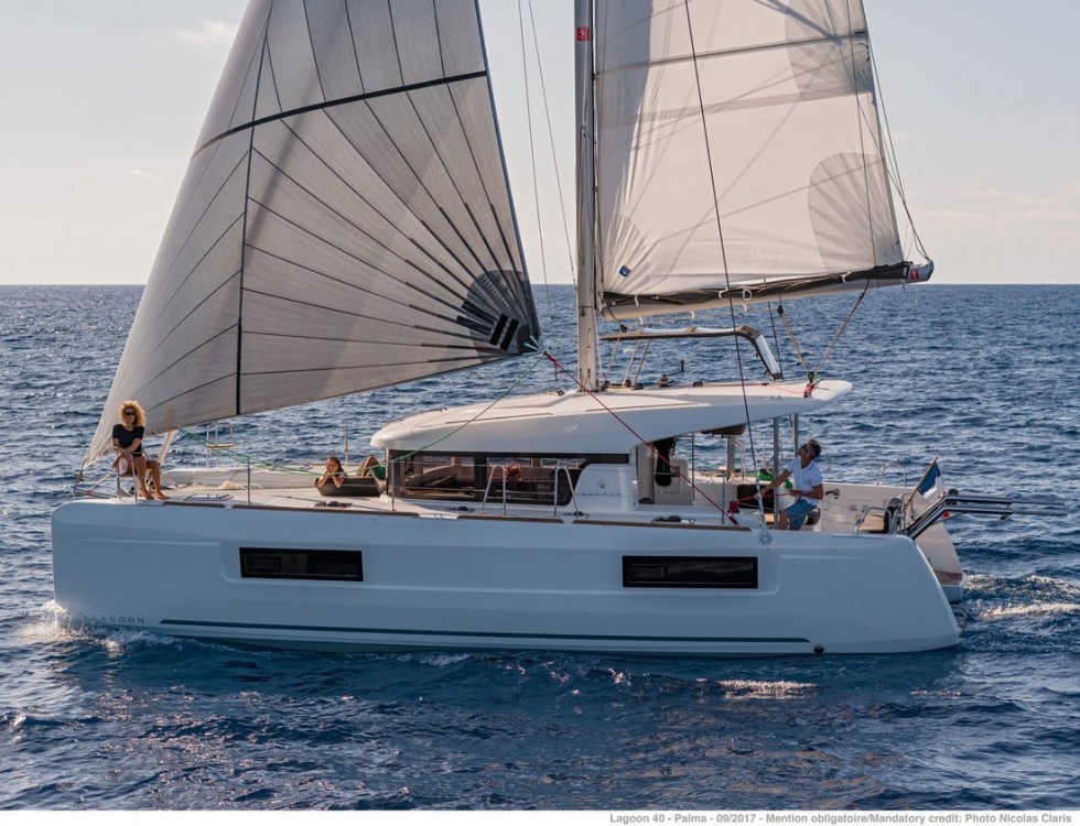 Location bateau Croatie pas cher Lagoon 40 - 4 + 2 cab