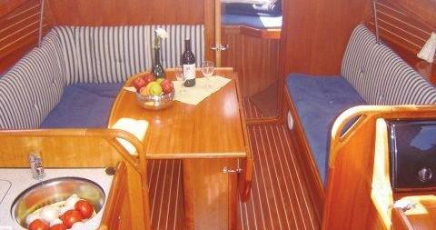 Bavaria Bavaria 33 Cruiser entre particuliers et professionnel à Athènes