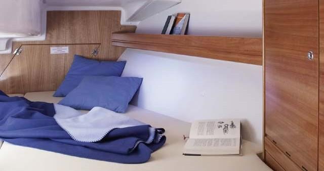 Location bateau Athènes pas cher Bavaria 33 Cruiser
