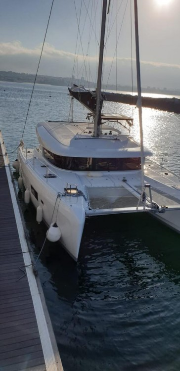 Location bateau Lagoon Lagoon 42 - 4 cab. à Campanie sur Samboat