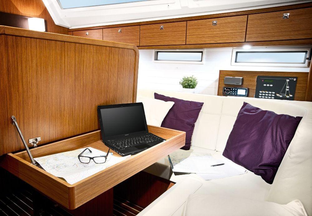 Bavaria Cruiser 46 entre particuliers et professionnel à Follonica