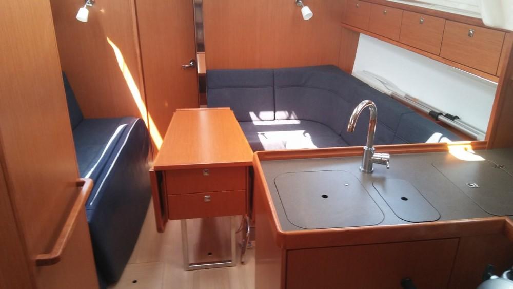 Location bateau Bavaria Bavaria 37 Cruiser à Égée-Méridionale sur Samboat