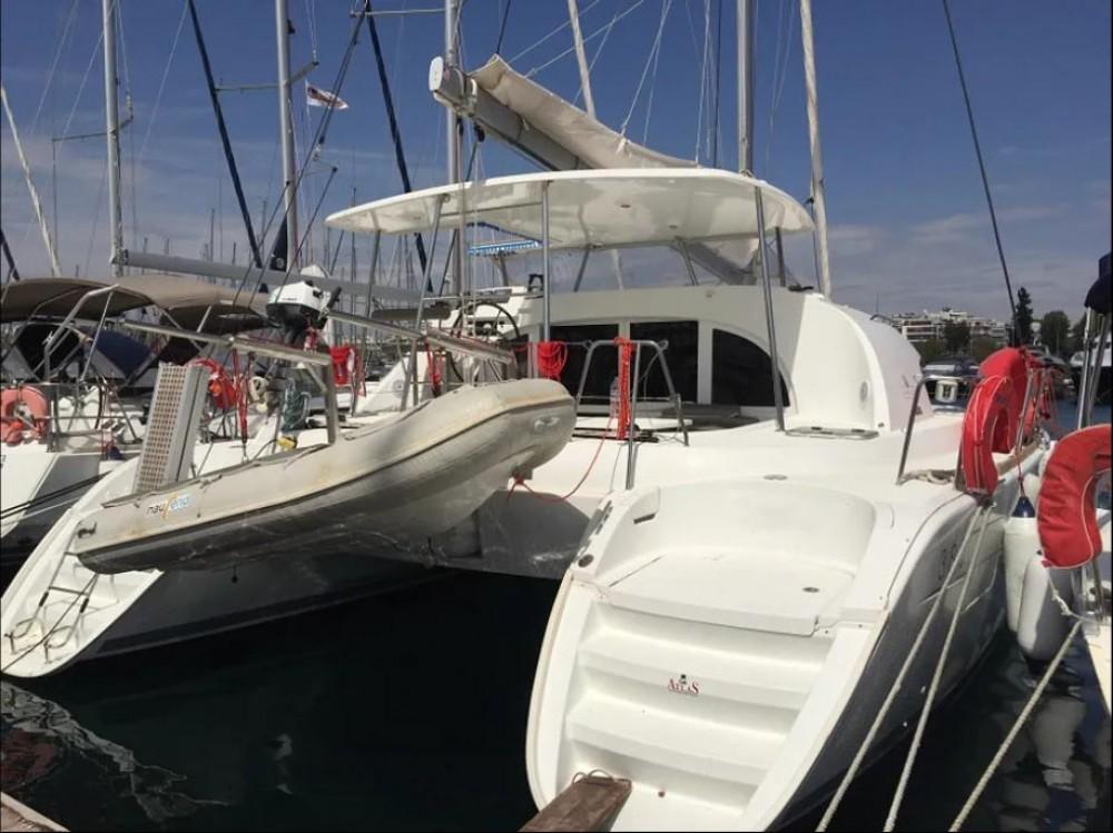 Location bateau Lagoon Lagoon 380 - 4 + 2 cab. à Peloponnese sur Samboat