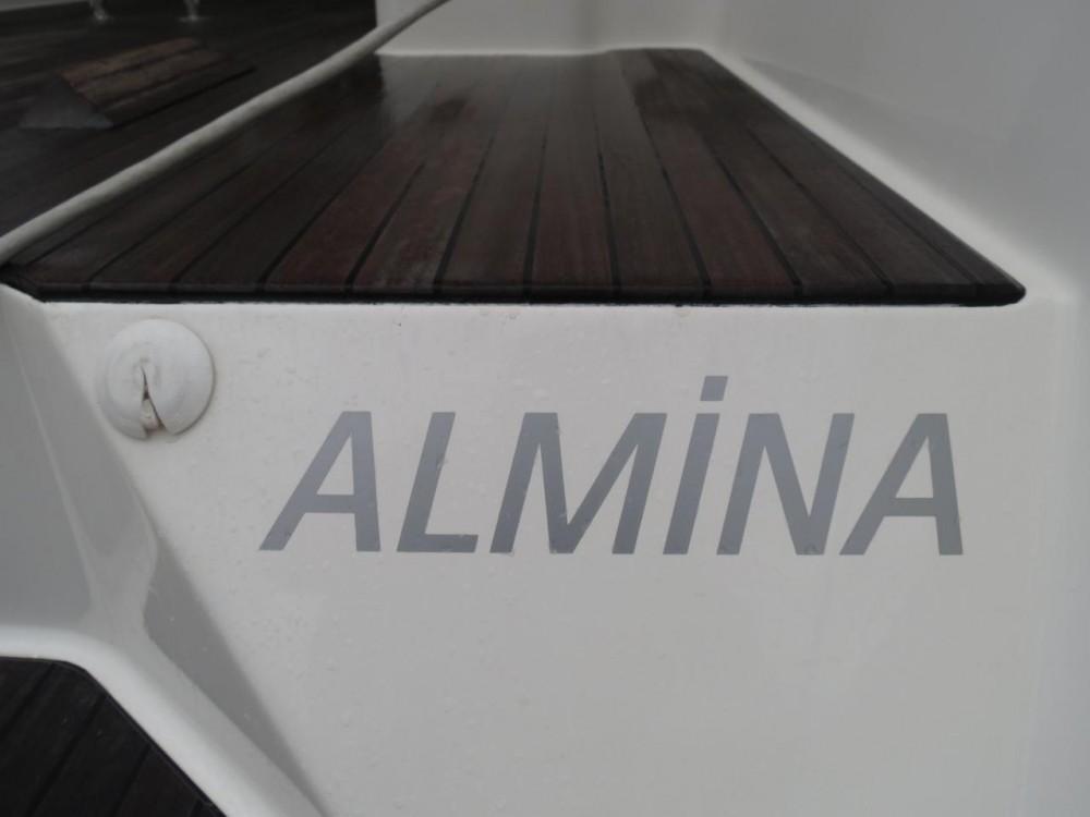 Louez un Bavaria Bavaria Cruiser 40 à Muğla
