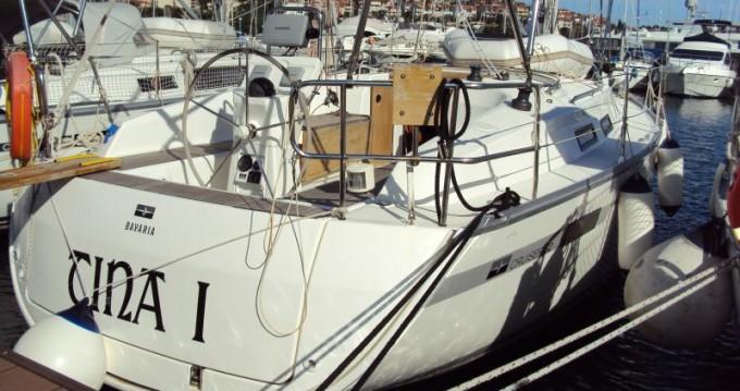Louez un Bavaria Cruiser 32 à Pula