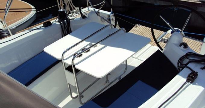 Louez un Jeanneau Sun Odyssey 349 à Pula