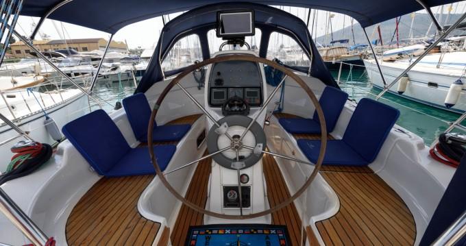 Louez un Bavaria Bavaria 33 Cruiser à Trogir