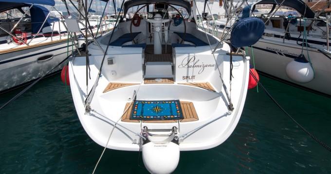 Louez un Jeanneau Sun Odyssey 42.2 Exclusive - 3 cab. à Trogir