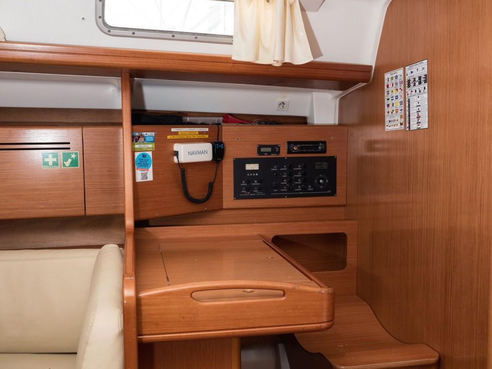 Location yacht à Rogač - Bénéteau Cyclades 50.5 sur SamBoat