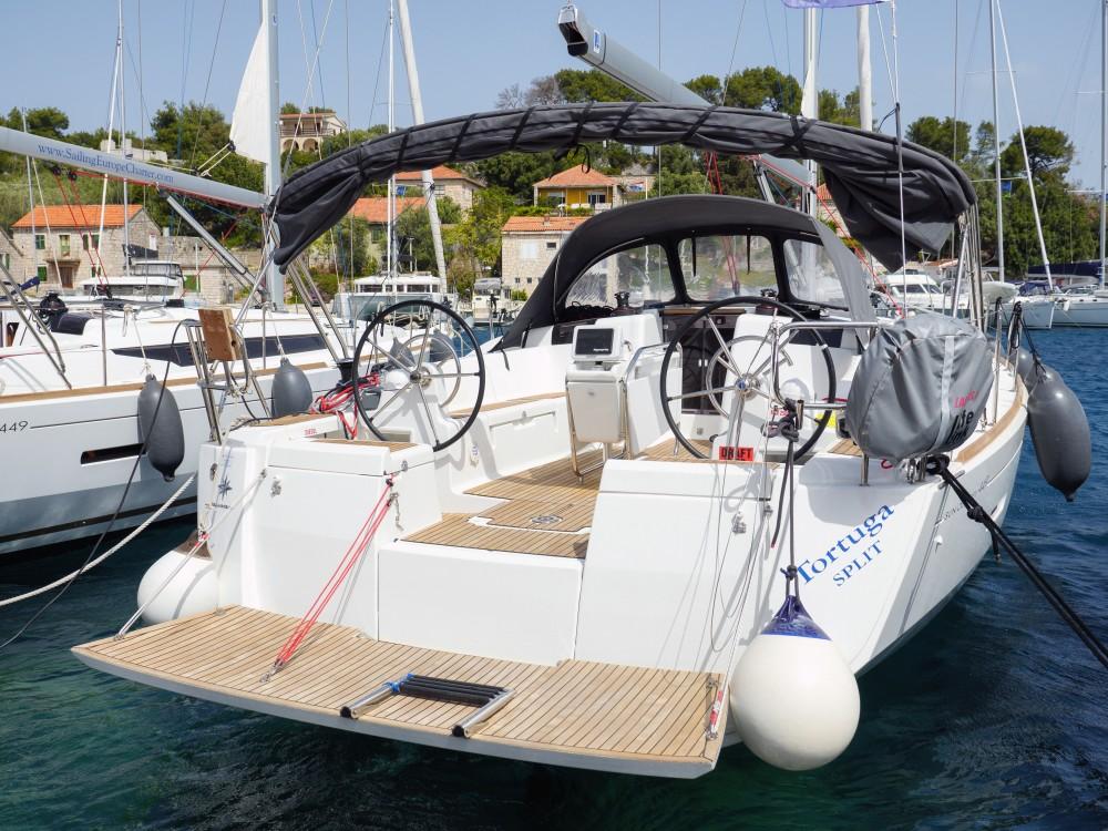 Location bateau Rogač pas cher Sun Odyssey 449