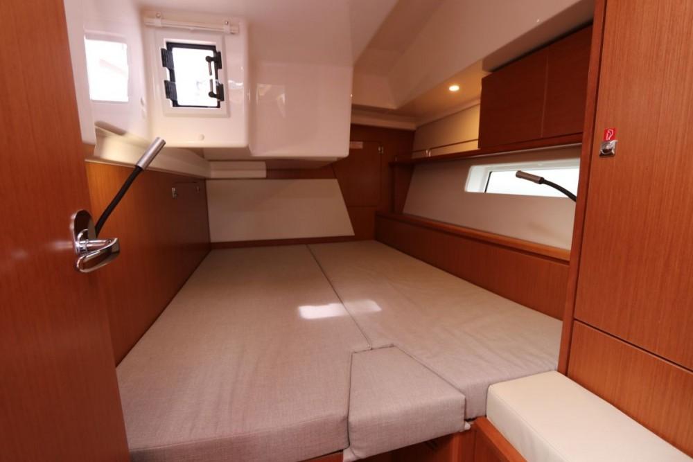 Louez un Bavaria Bavaria Cruiser 46 - 4 cab. à Péloponnèse