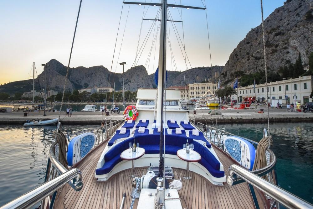 Location bateau Marina Kaštela pas cher Gulet Saint Luca