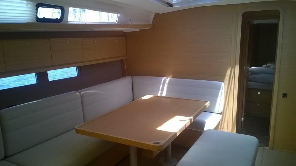 Location bateau Dufour Dufour 460 Grand Large à Marsala sur Samboat