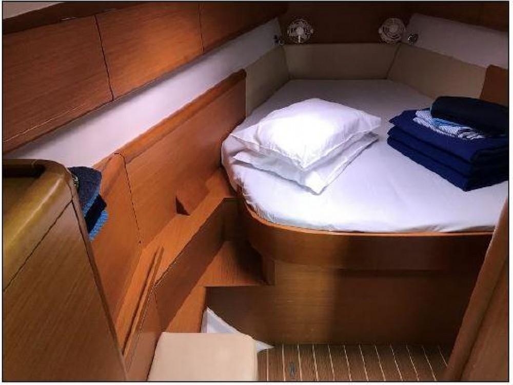 Location yacht à Seget Donji - Jeanneau Sun Odyssey 44i - 3 cab. sur SamBoat