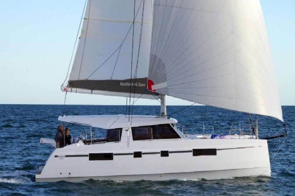 Louer Catamaran avec ou sans skipper Bavaria à Road Town