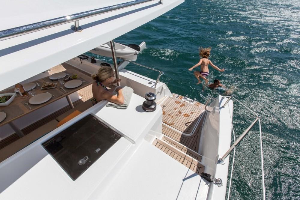 Location Catamaran à Martinique - Fountaine Pajot Helia 44