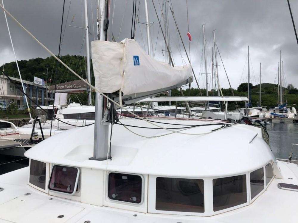 Location bateau Bois D'orange pas cher Lagoon 380
