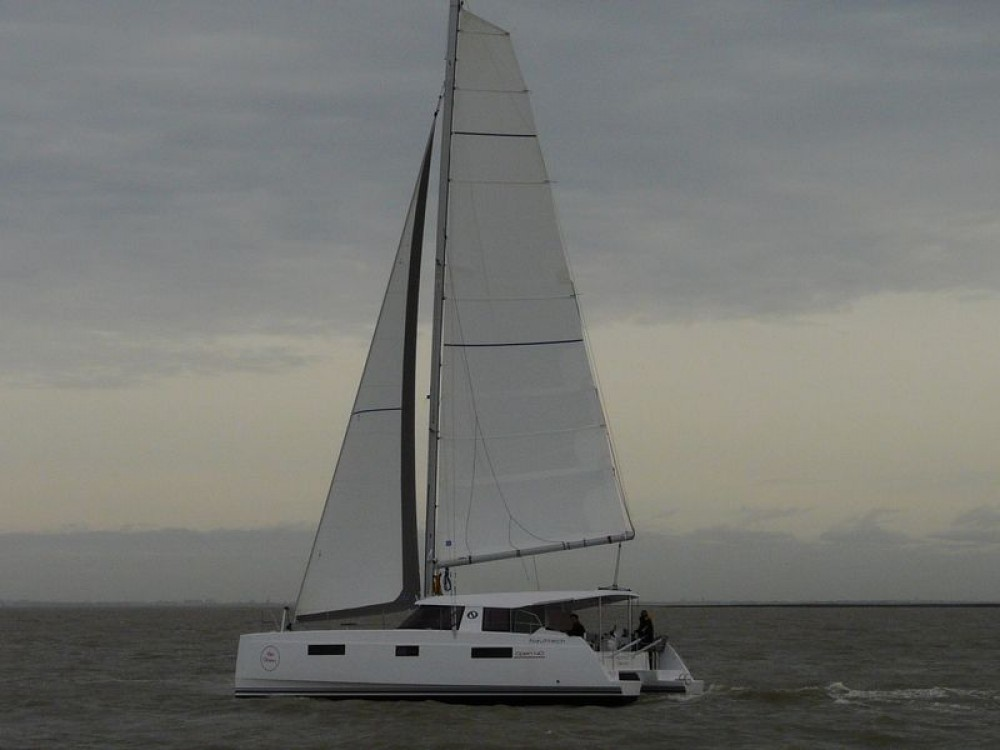 Location Catamaran NAUTITECH CATAMARANS avec permis