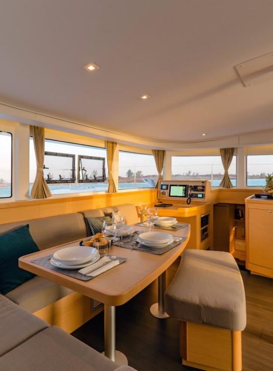 Louer Catamaran avec ou sans skipper Lagoon à Arnos Vale