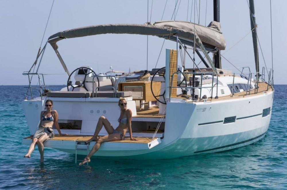 Location bateau La Paz pas cher Dufour 520 GL