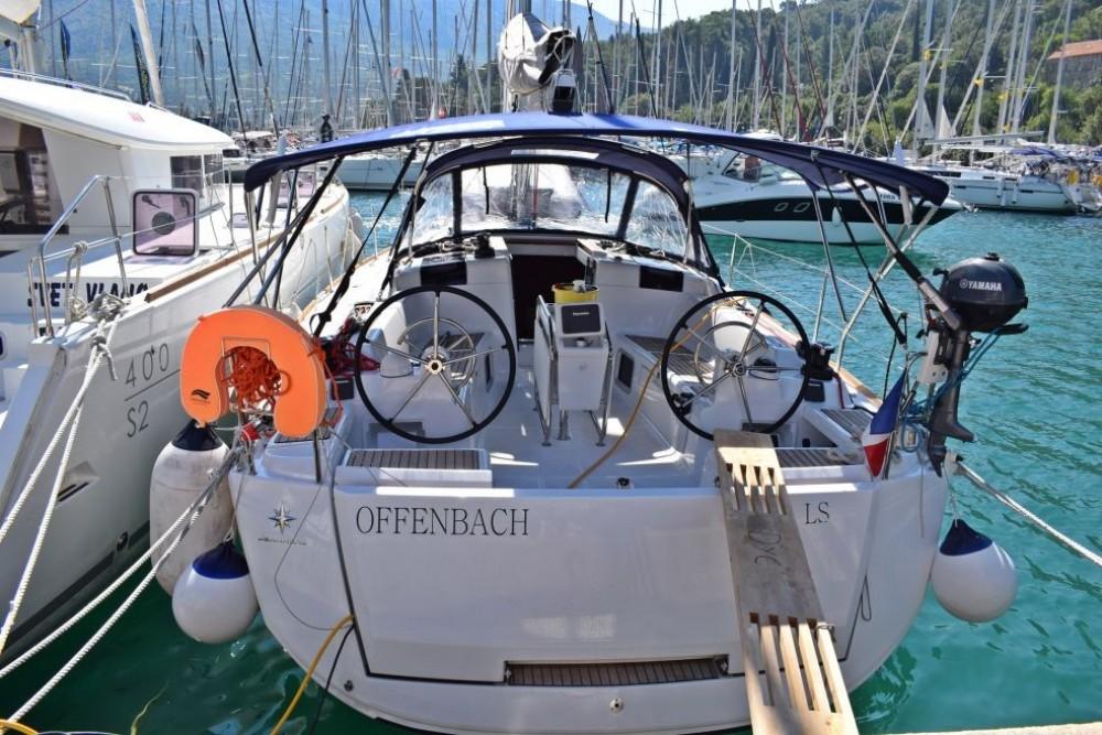 Location yacht à Baie Sainte Anne - Jeanneau Sun Odyssey 419 sur SamBoat