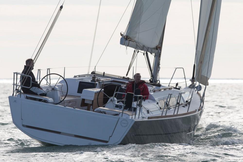 Location yacht à Propriano - Dufour Dufour 382 Grand Large sur SamBoat