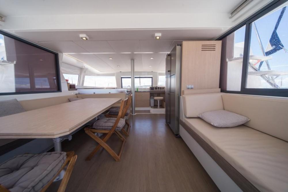 Location bateau Saint-Mandrier-sur-Mer pas cher Bali 4.3