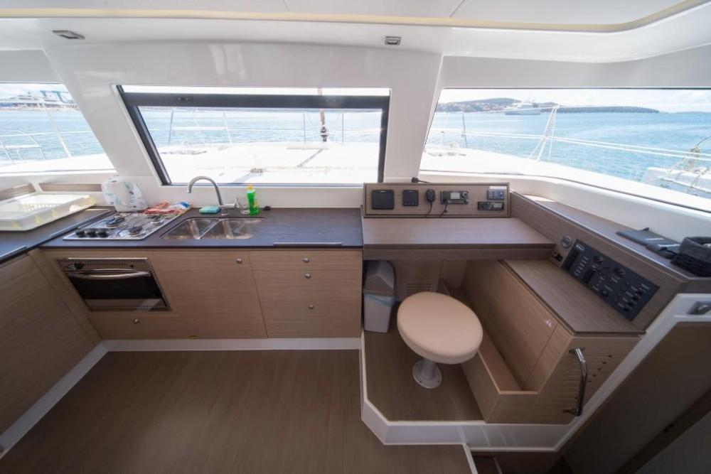 Louer Catamaran avec ou sans skipper Catana à Saint-Mandrier-sur-Mer