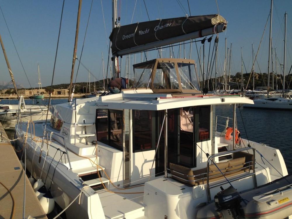 Louer Catamaran avec ou sans skipper Bali Catamarans à Olbia