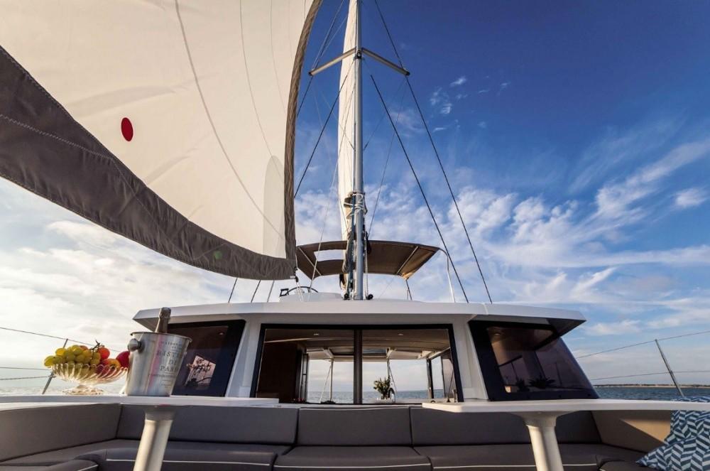 Location bateau Catana Bali 4.3 à Nápoles sur Samboat